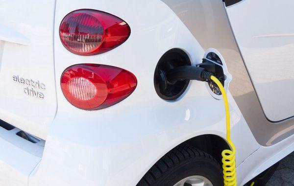 Opladen elektrische auto's